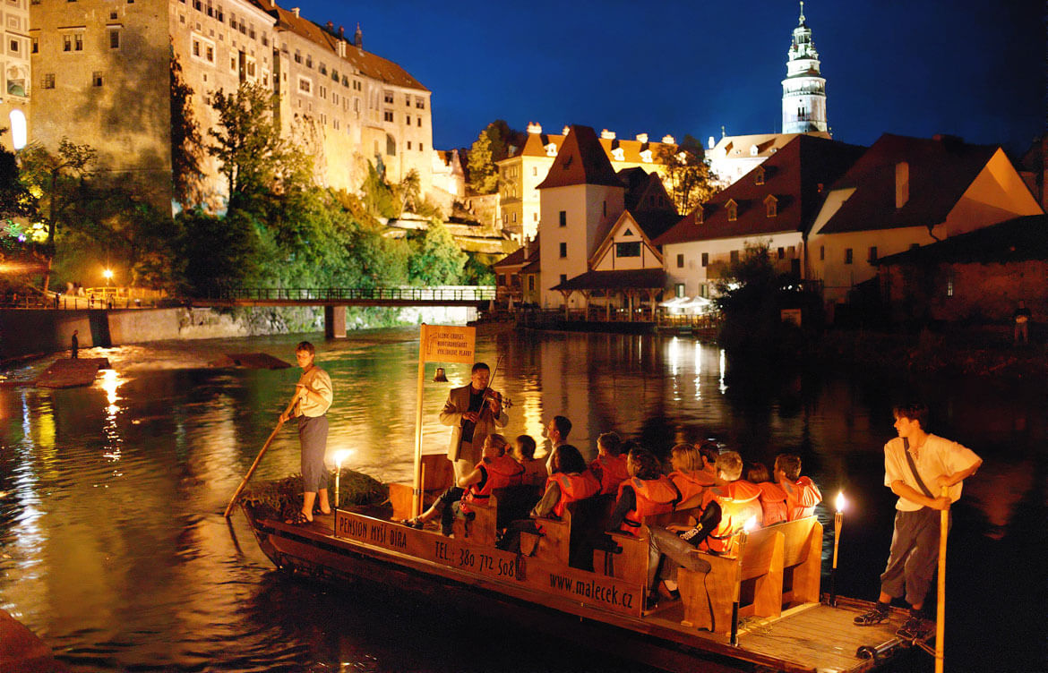 Evening raft trip in Cesky Krumlov